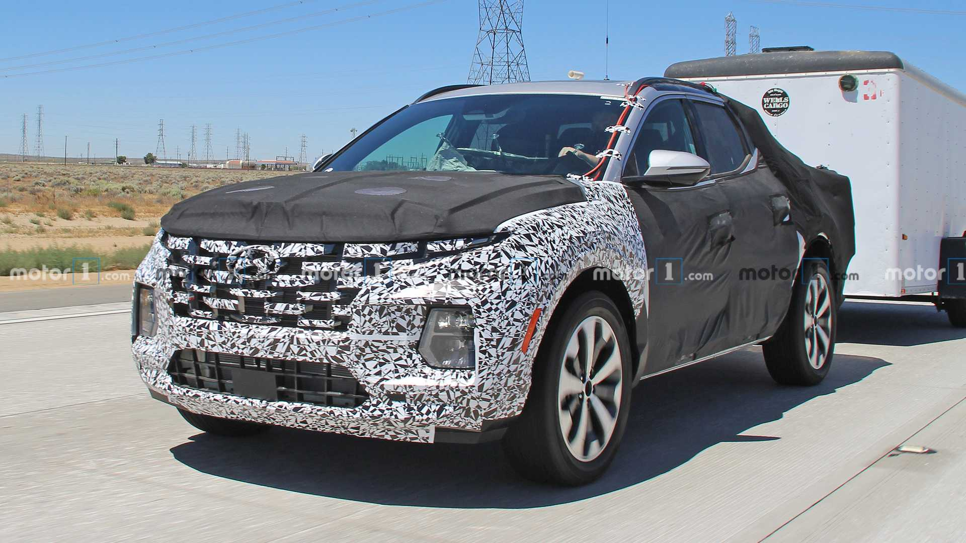 The fourth-gen Hyundai Tucson, which only debuted yesterday, will lend its platform and tech to a new pickup model. According to Hyundai Motor Group VP Lorenz Glaab, the truck is already running tests.