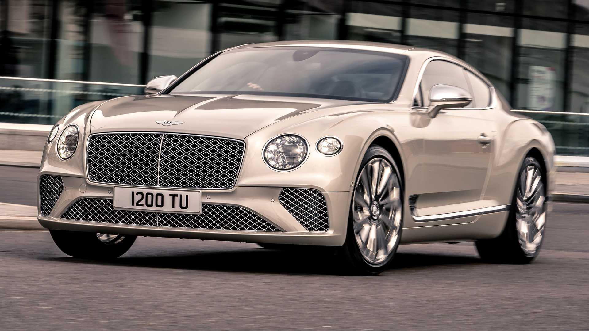 22 сентября на выставке Salon Privé во дворце Бленхейм будет представлен Continental GT работы придворного ателье Bentley Mulliner.