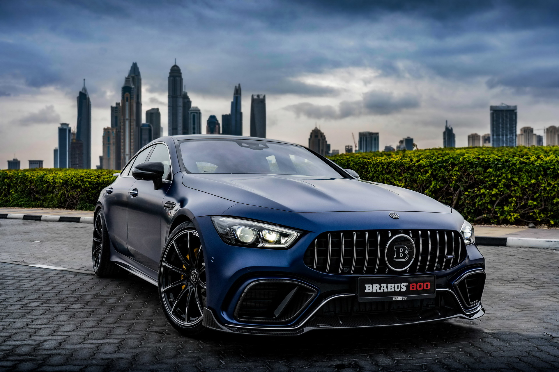 A year ago, German tuner Brabus devised a complex tuning kit for the opulent Mercedes-AMG GT 63 S, and this week… Wait, no. It did not update it. In fact, the company decided the kit was perfect as is, so it just took it outdoors on an extended photoshoot.