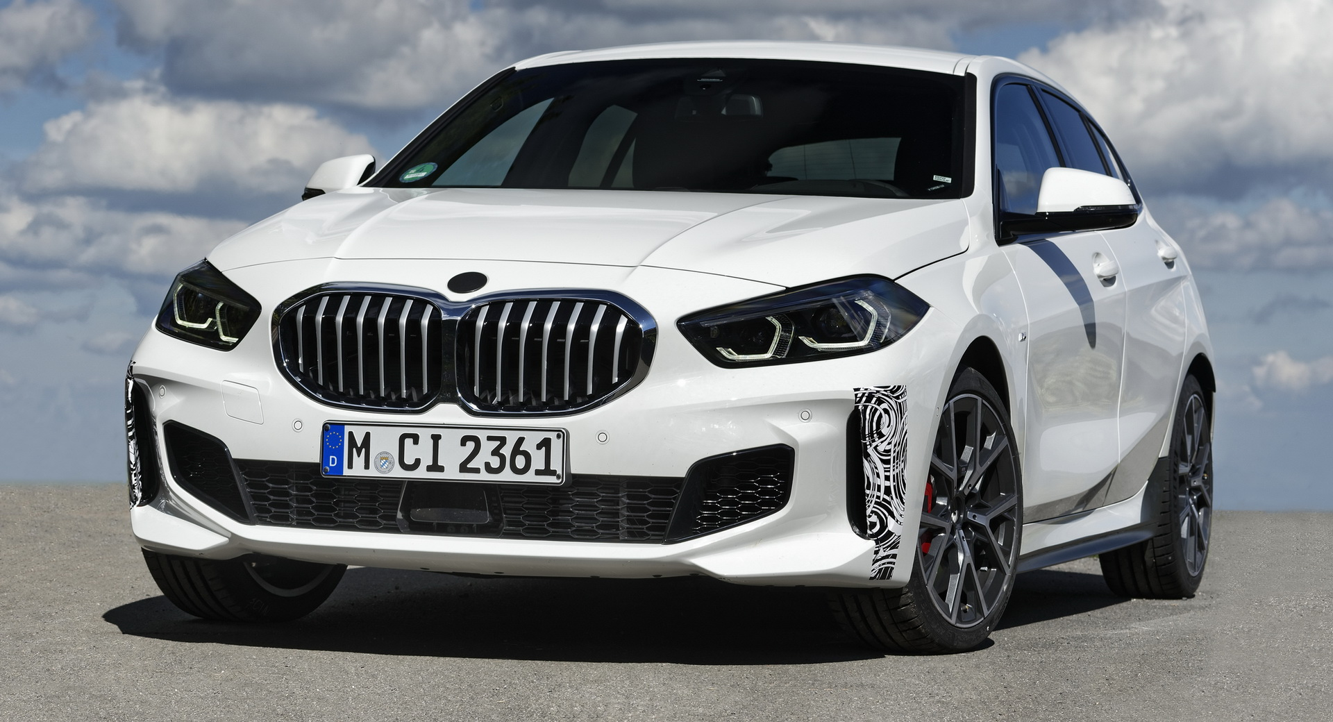 BMW has announced the BMW 128ti, a new 1-Series hatchback targeting the younger demographic.