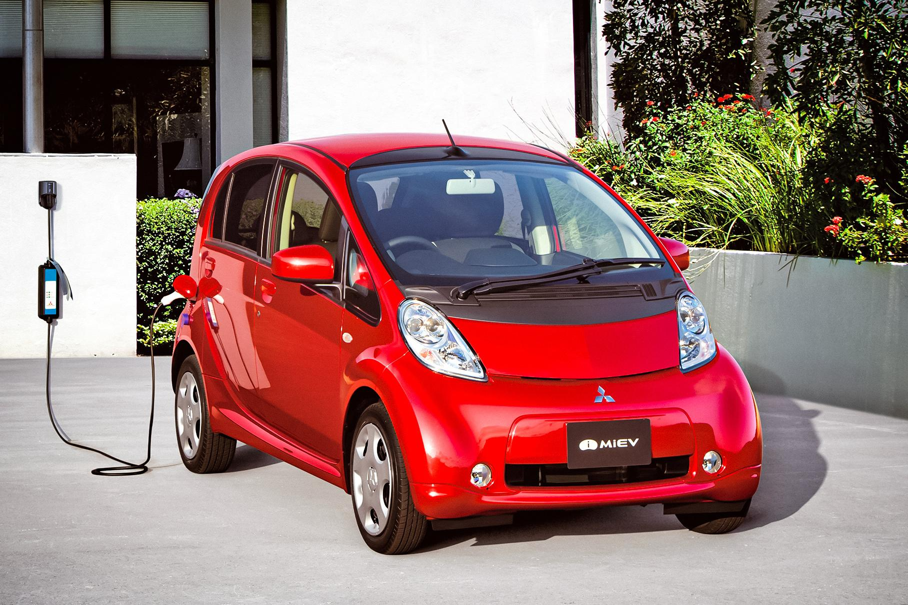 Mitsubishi has decided to end the production cycle of the world's first mass-issue full-electric car – the i-MiEV – prematurely due to poor sales and market competition growing beyond expectation.