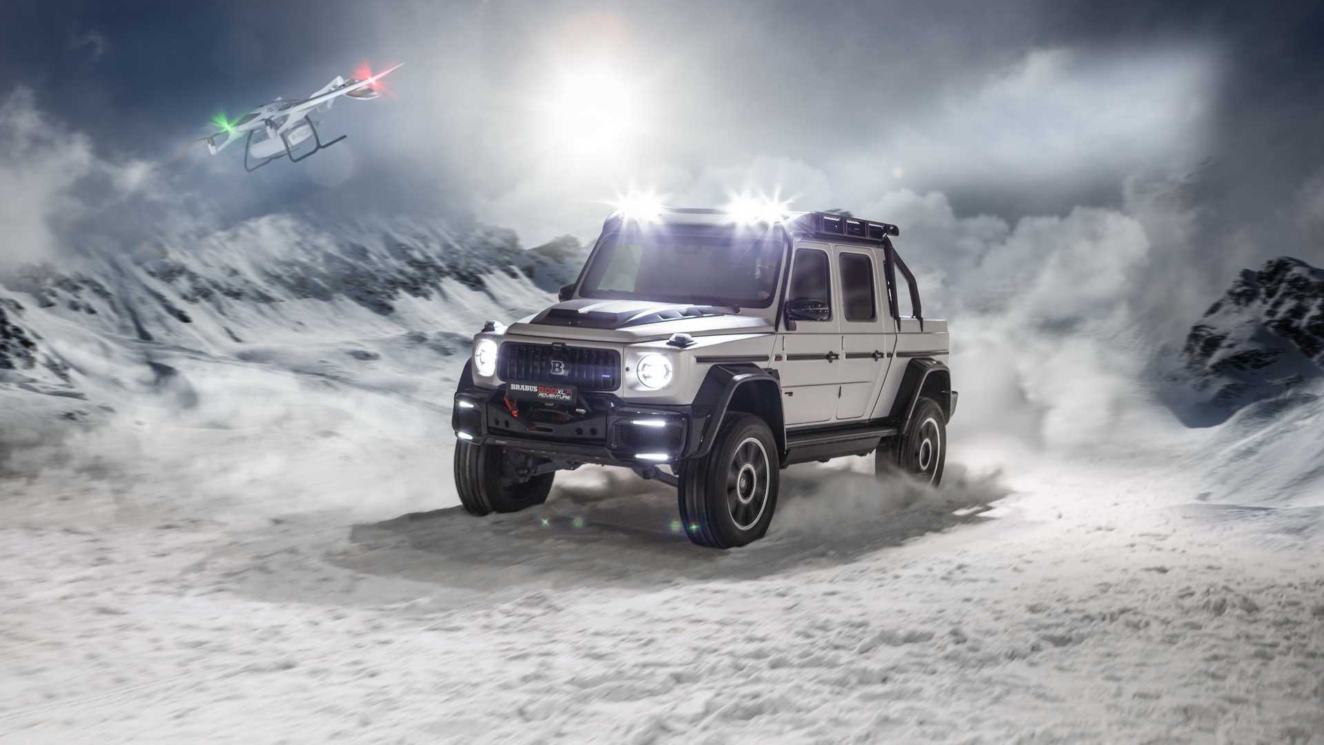 The sudden explosion of Covid-19 in March put a lid on this year's Geneva Motor Show, so Brabus never had the opportunity to properly present its extreme G-Class truck. Thankfully, half a year later the pickup made its way to Alex Hirschi, the famous Supercar Blondie, who finally gave it a detailed overview.
