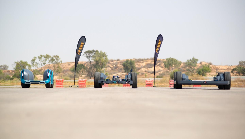Фирма REE Automotive испытала платформы-скейтборды P1, P2 и P4 с двумя вариантами модулей REEcorner, продемонстрировав работоспособность прототипов.