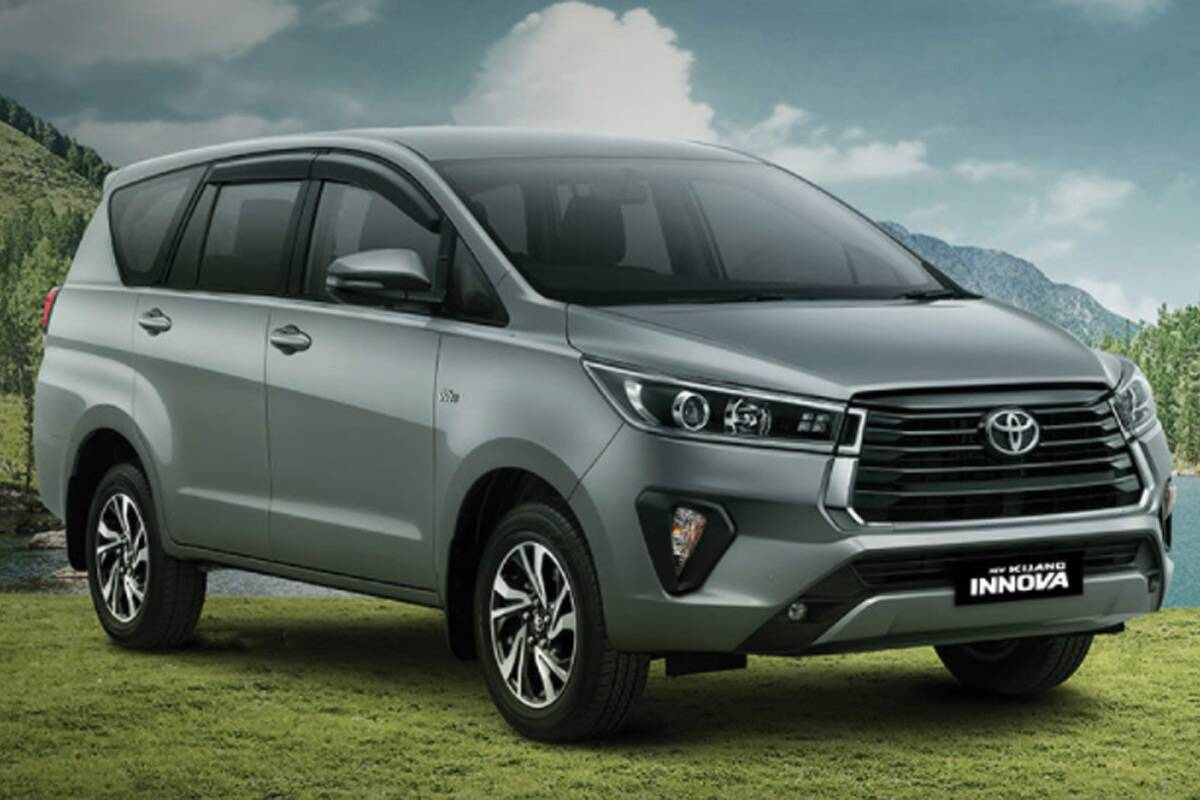 Just as expected, Toyota has presented the facelifted version of its body-on-frame MPV Innova. The minivan is already available in Vietnam, with availability in Indonesia and other countries of the region to follow soon.