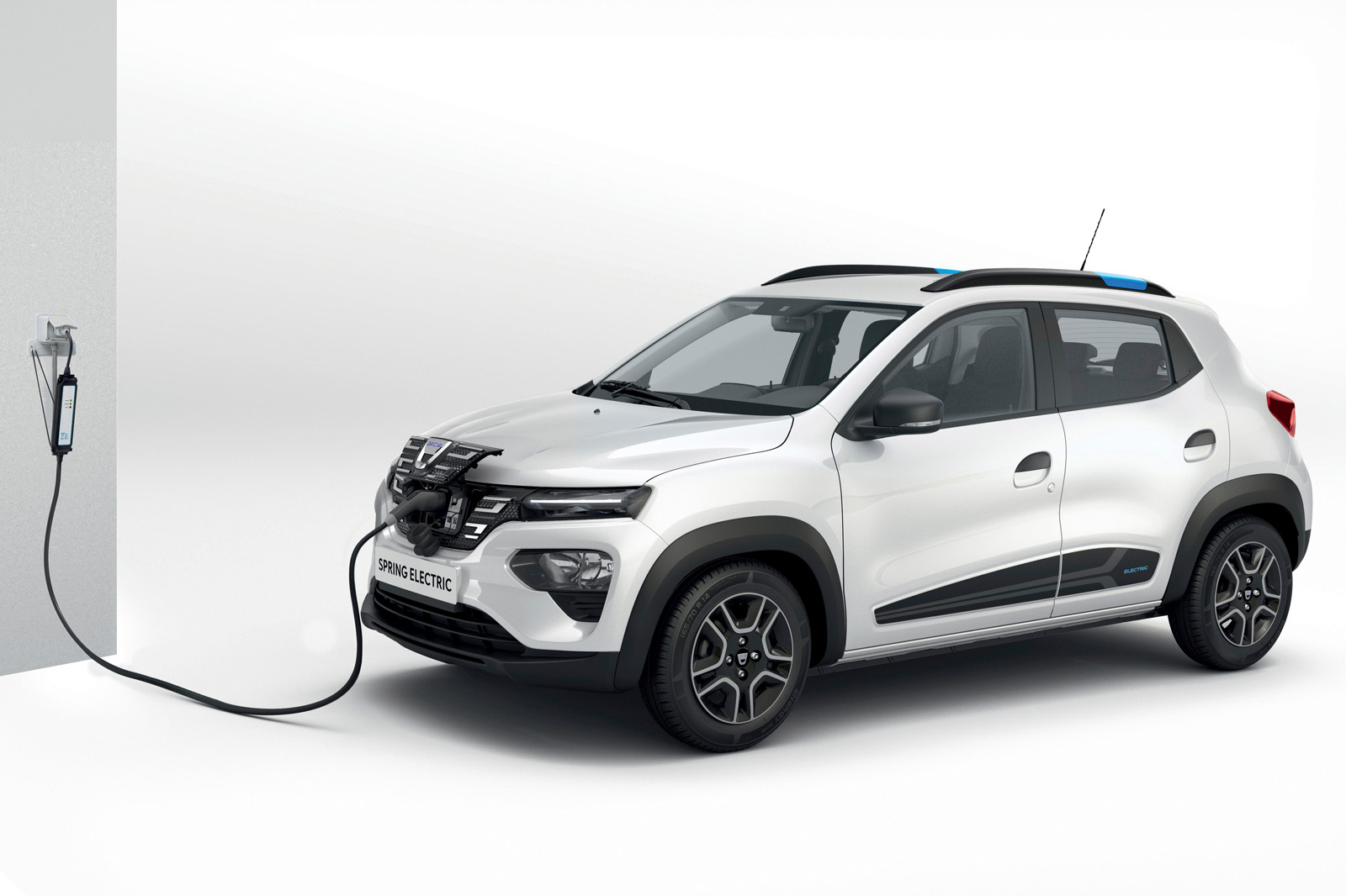 The gas-powered Renault Kwid hatchback hit the Indian market in 2015, made it to South America two years later and finally reached China last year as the all-electric Renault City K-ZE. Soon, the model will reach Europe and once again change its badge, this time to Dacia Spring.
