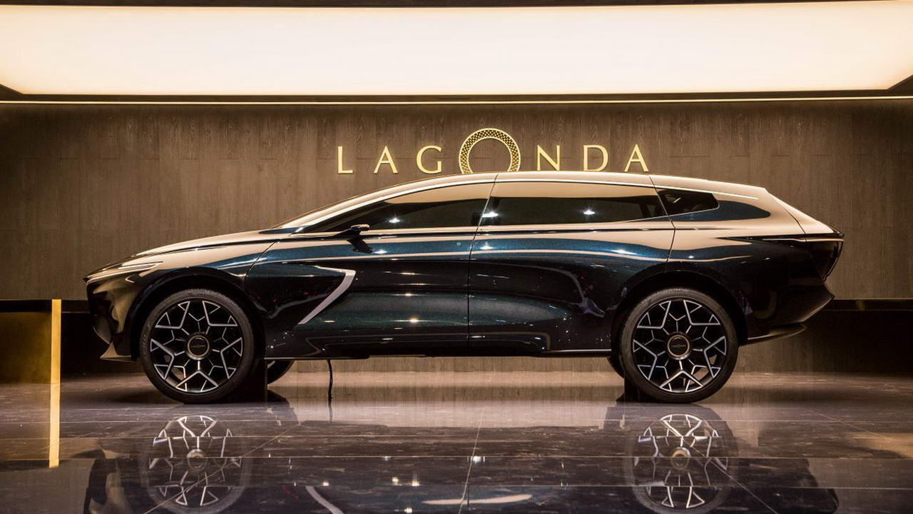 Mercedes-Benz has signed an agreement with Aston Martin, according to which the German automaker gains up to a 20% share in its stock and in return provides access to its full-electric and electrified powertrains, technologies, and software.
