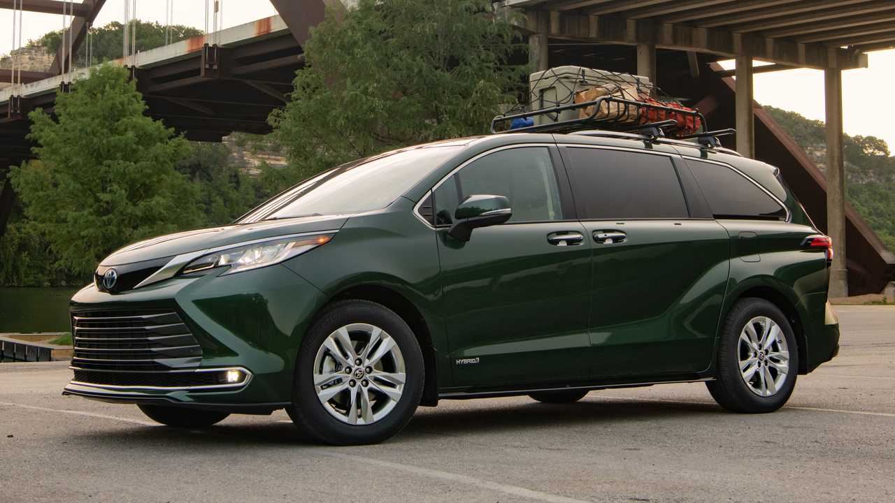 The electrified Toyota Sienna family is coming to the United States in November, offering a choice from five trim levels: Platinum, Limited, XSE, XLE, and LE.