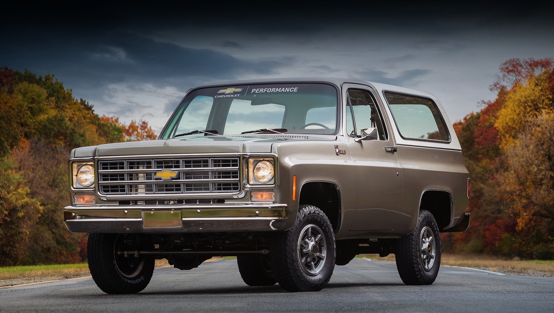 Chevrolet Performance has carried out quite a transplantation recently, swapping an old Chevy K5 Blazer to electric power. The car will debut in its full glory at the upcoming SEMA360 online show.