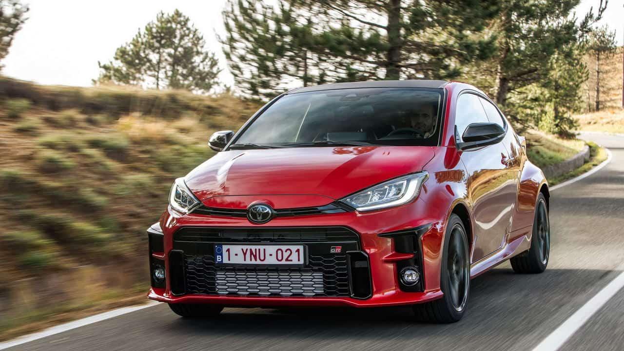 В Старом Свете начались продажи «горячего хэтчбека» Toyota GR Yaris: на немецком рынке трёхдверка обойдётся минимум в 32 363 евро.