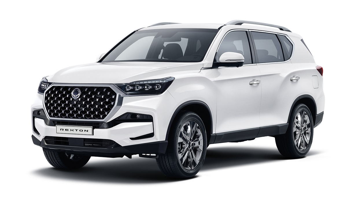 "The SsangYong Rexton is a body-on-frame SUV that went into a new generation in 2017, but never became particularly popular on the market. The South Korean company now unveils its ""brand new"" international version, which is technically a mid-gen refresh."