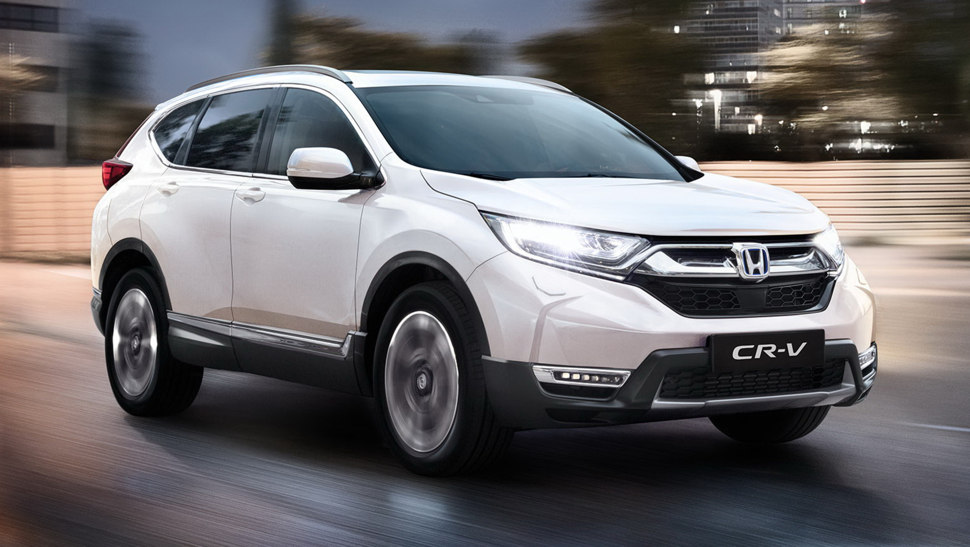 The 2021 Honda CR-V will hit the showroom floors throughout Great Britain in December, bringing along cosmetic changes and an all-hybrid lineup.