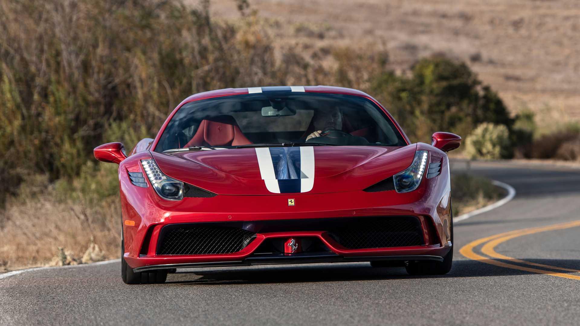 Компания AddArmor (Джексон, штат Вайоминг) уже давно бронирует автомобили (см. видео), но теперь американцы представили один из самых необычных броневиков: за основу взят суперкар Ferrari 458 Speciale.