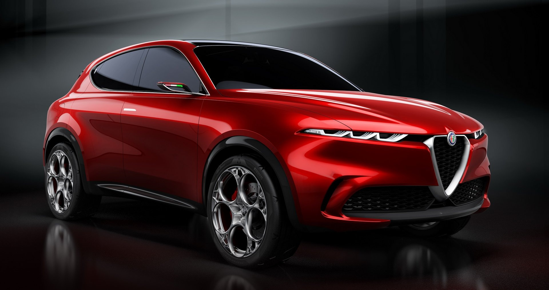 The final production version of the Alfa Romeo Tonale will hit the spotlight in September 2021, and sales in Europe will start just two months after that, the automaker reports.