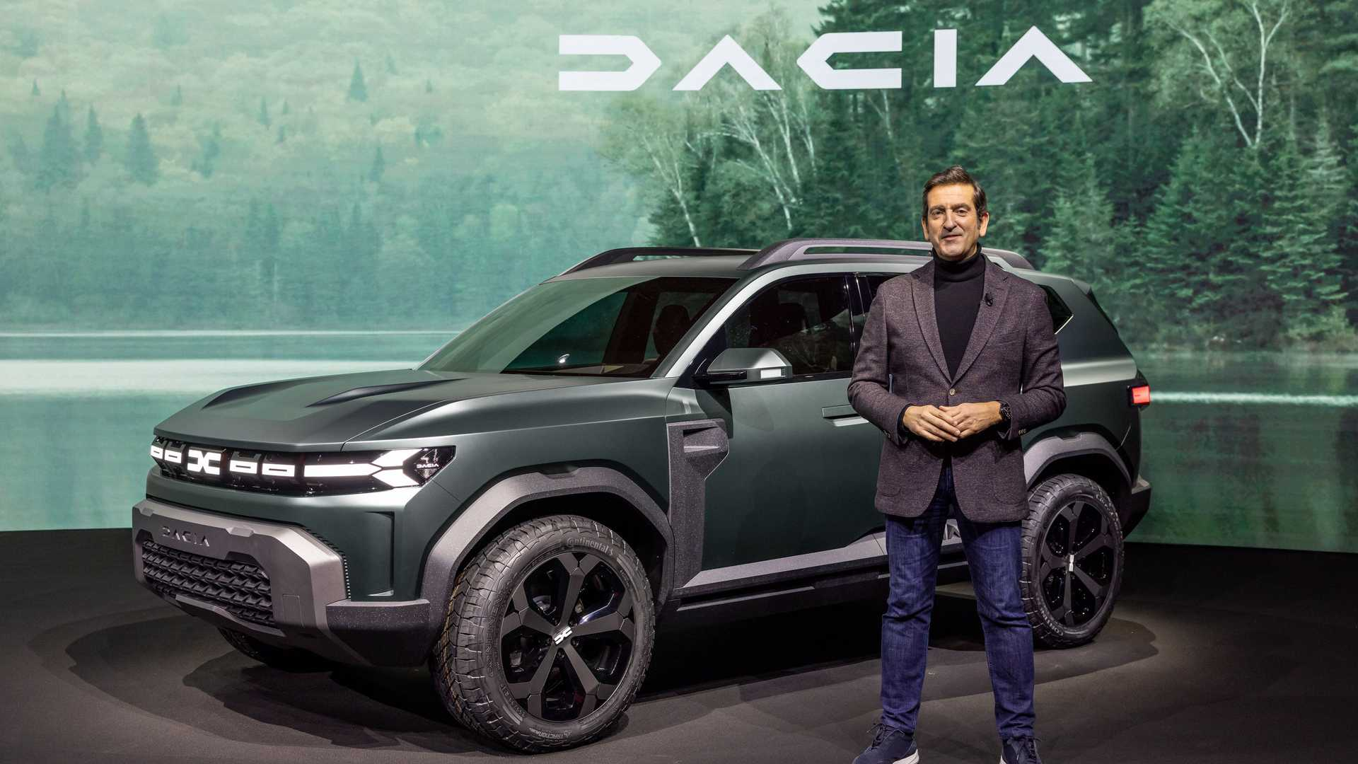 The Romanian car marque has serious lineup expansion plans in mind, including three all-new models slated to arrive to the showrooms in a few years' time. The Bigster Concept depicted here is one of them.