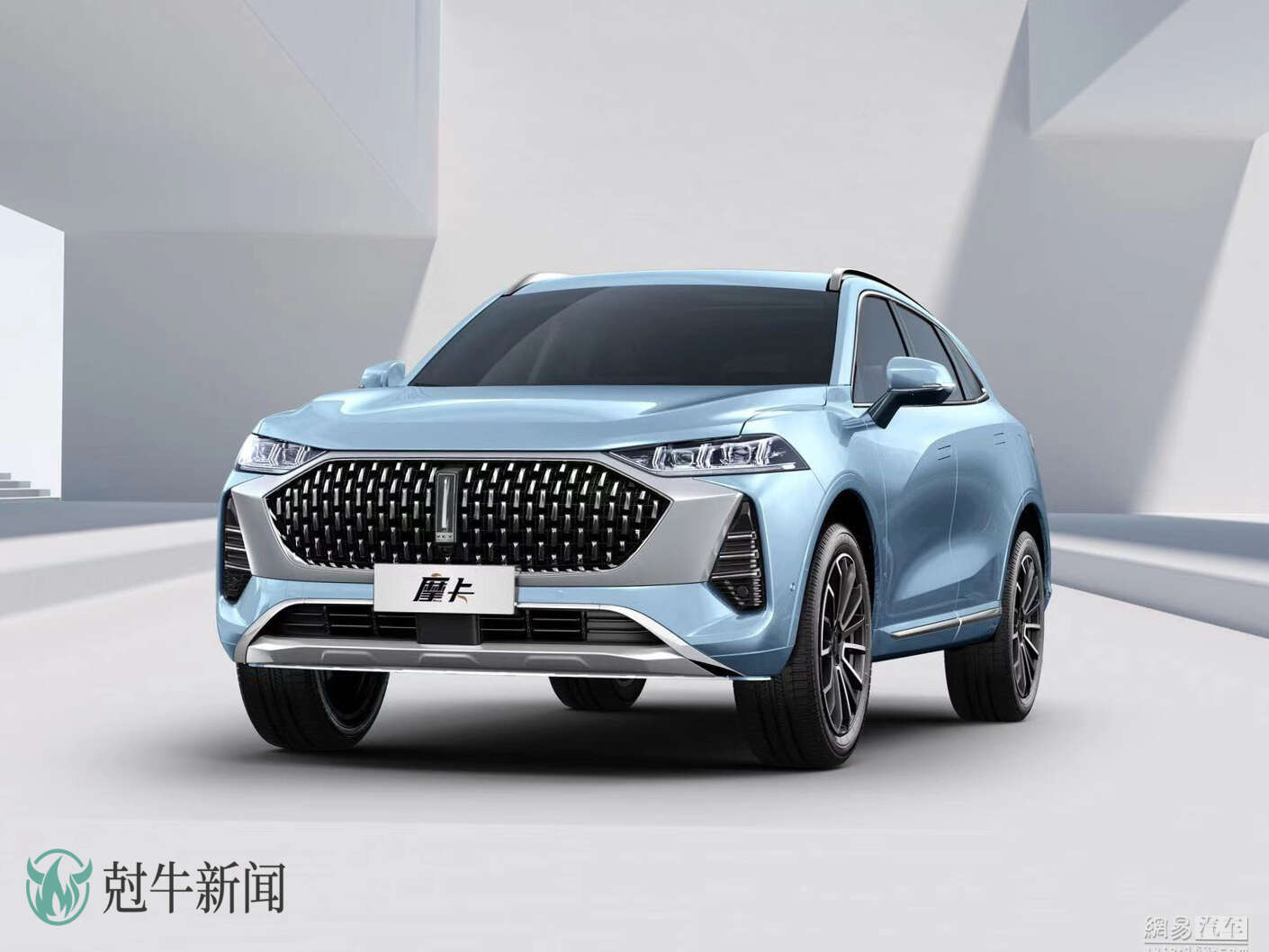 Following up on its announcement of three new cars with coffee-themed named, Chinese carmaker Wey has unveiled the first of them, named Mocha Hybrid.