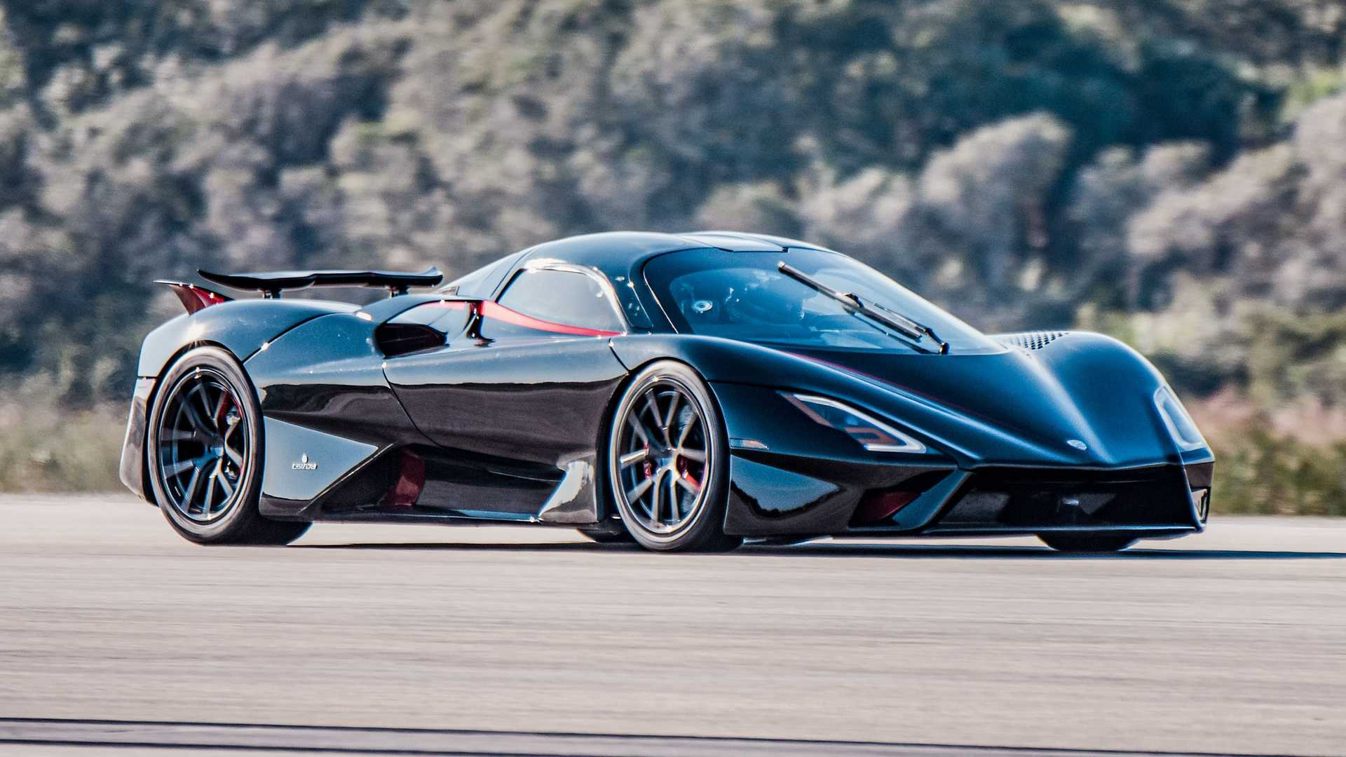 SSC Tuatara re-takes world's fastest auto record after raging brouhaha