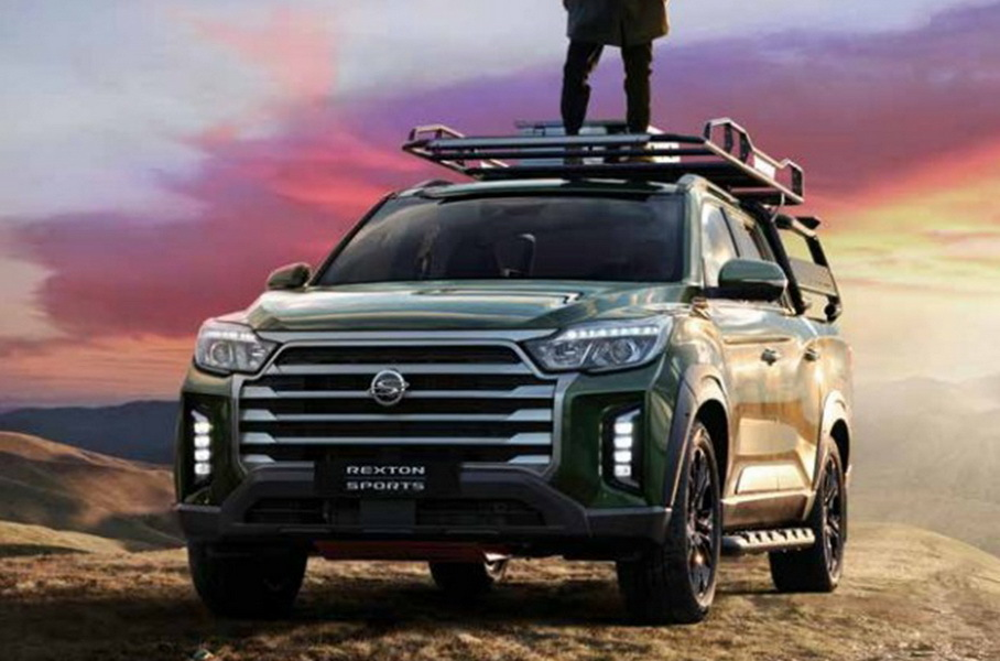 South Korean newspapers have gotten their hands on images showing what looks like a facelifted SsangYong Rexton Sports pickup. Care for a glimpse?