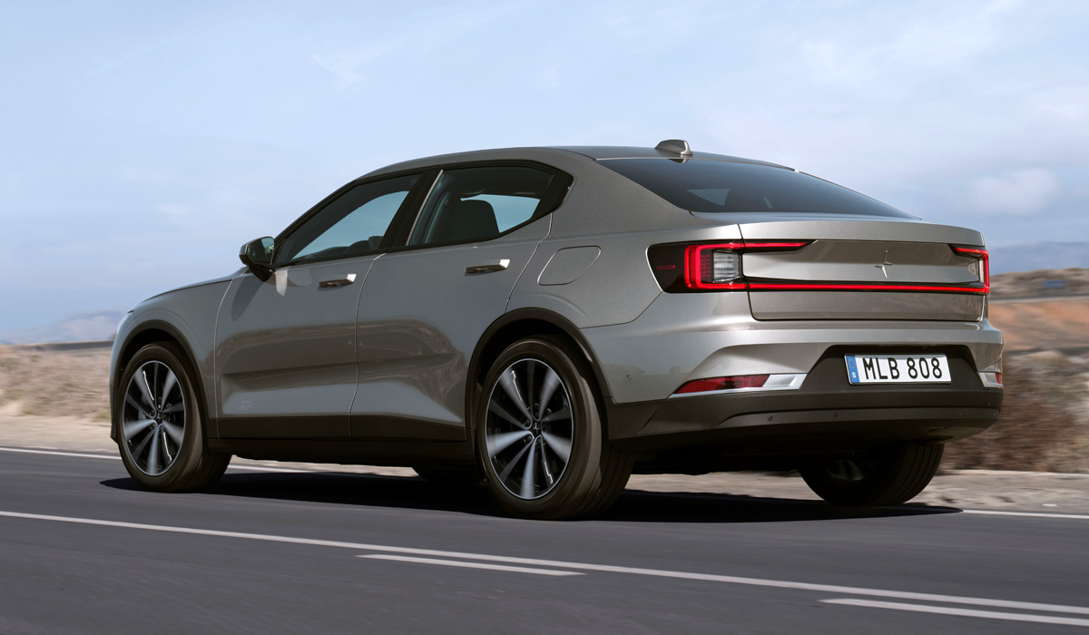 Those of us who wanted a more affordable alternative to the €51,500+ dual-motor version of the Polestar 2 released last spring may now finally get it with a single motor and FWD.
