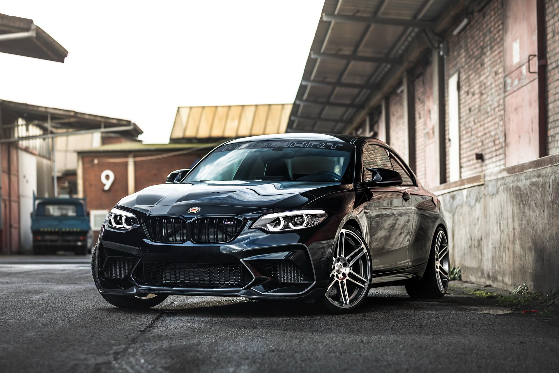 Тюнинг-мастерская Manhart анонсировала выпуск всего 10 экземпляров BMW M2 Competition с новыми дисками и обвесом, улучшенной подвеской и увеличенной отдачей.