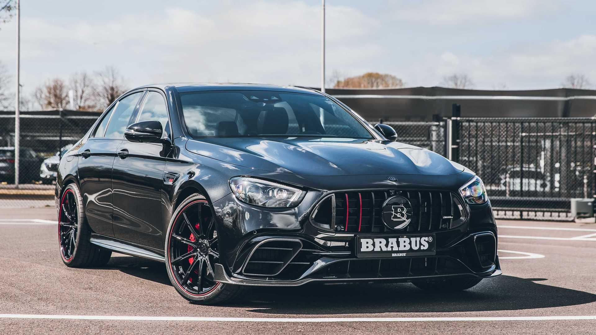 Так бывает: купит человек новенький Mercedes-AMG E 63 S 4MATIC+, а затем обнаружит на тест-драйве, что 612 «лошадей» – не та производительность, о которой мечтал столько времени. Тут на помощь придет Brabus 800.