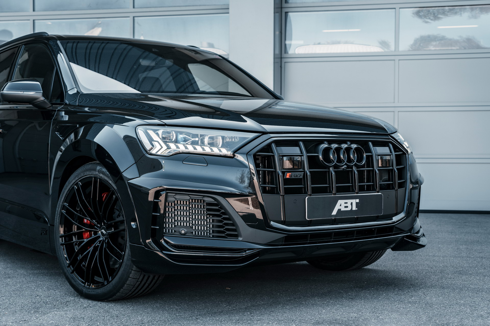 Ever since Lamborghini unveiled its ultra-fast, ultra-expensive SUV named Urus, people on salaries all over the world have been frantically searching for reasons not to buy it. If the above sounds familiar, here's another compelling reason, brought to you by ABT Sportsline.