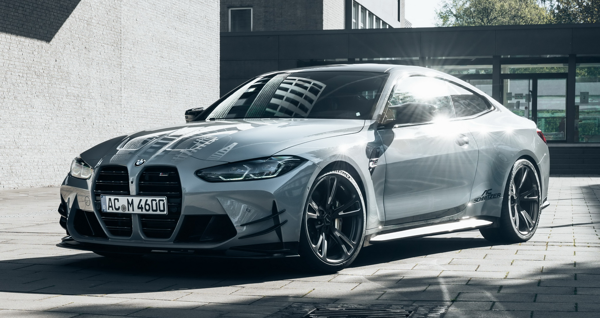 All owners of the 2021 BMW M4 coupe may now choose from a wide range of exterior and interior accessories custom-tailored for it by AC Schnitzer.