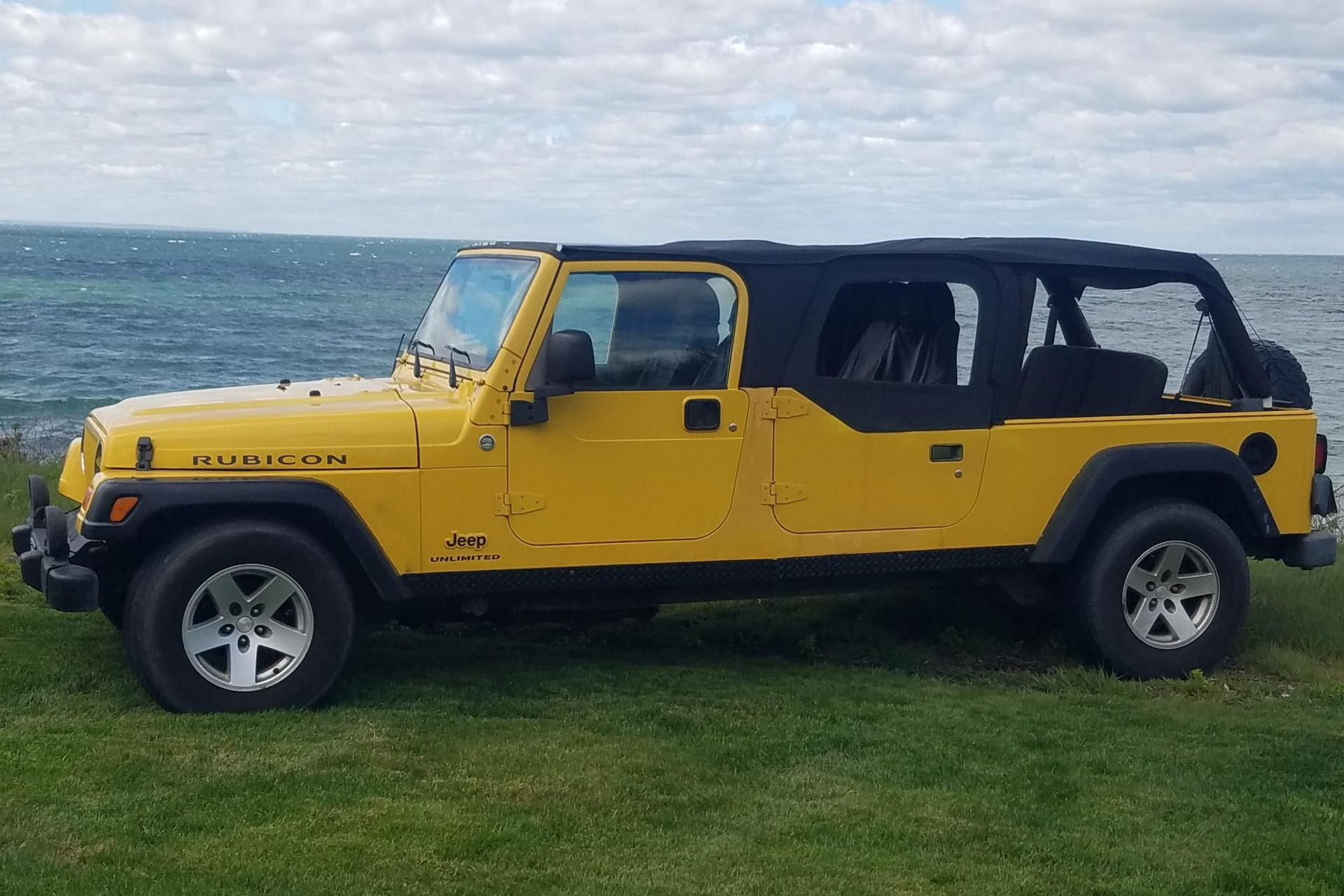 As you probably know, the Jeep Wrangler had been strictly a two-door car until 2007 (watch the video for a 2006MY example). One of the owners wanted more doors and seats, so he went ahead and added them, tuning the SUV into a stretch limo of sorts.
