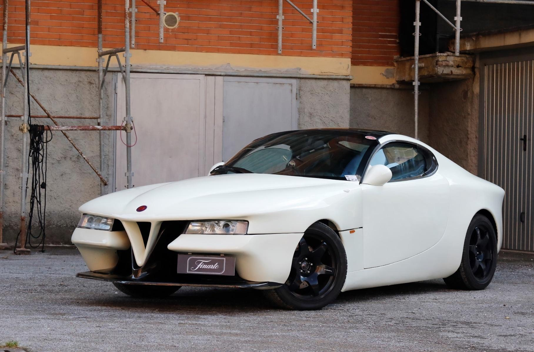 Auction house Finarte has put up a unique Alfa Romeo Vittoria car for sale that Carrozzeria Castagna built for the 1995 Geneva International Motor Show. The deal is expected to conclude at around €200,000.