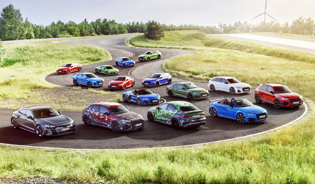 The Audi RS 3 has already been sighted by car spotters (see video), and now the company itself shows us the hot sedan and hatchback accompanied by other Audi Sport vehicles.
