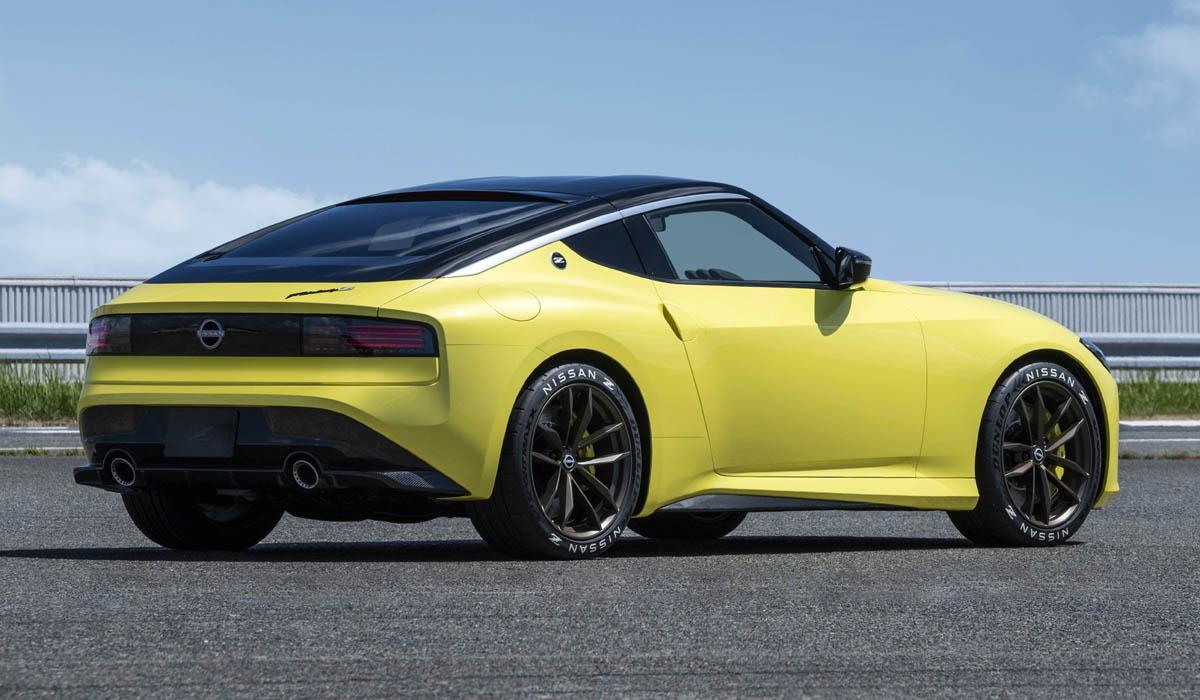 Японский автопроизводитель Nissan раскрыл дату премьеры нового купе с коротким именем-буквой «Z». Автомобиль представят 17 августа в Нью-Йорке. Вместе с тем компания поделилась любопытными подробностями.