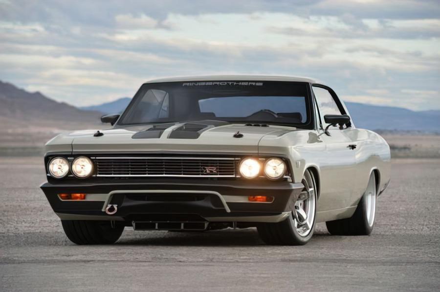 Классическое купе Chevrolet Chevelle сильно уступает в популярности своим собратьям в лице Camaro и Corvette, но лишь потому, что такова его рыночная ниша. С тюнингом неказистый «Шевель» способен брать рекорды и завоёвывать призы.