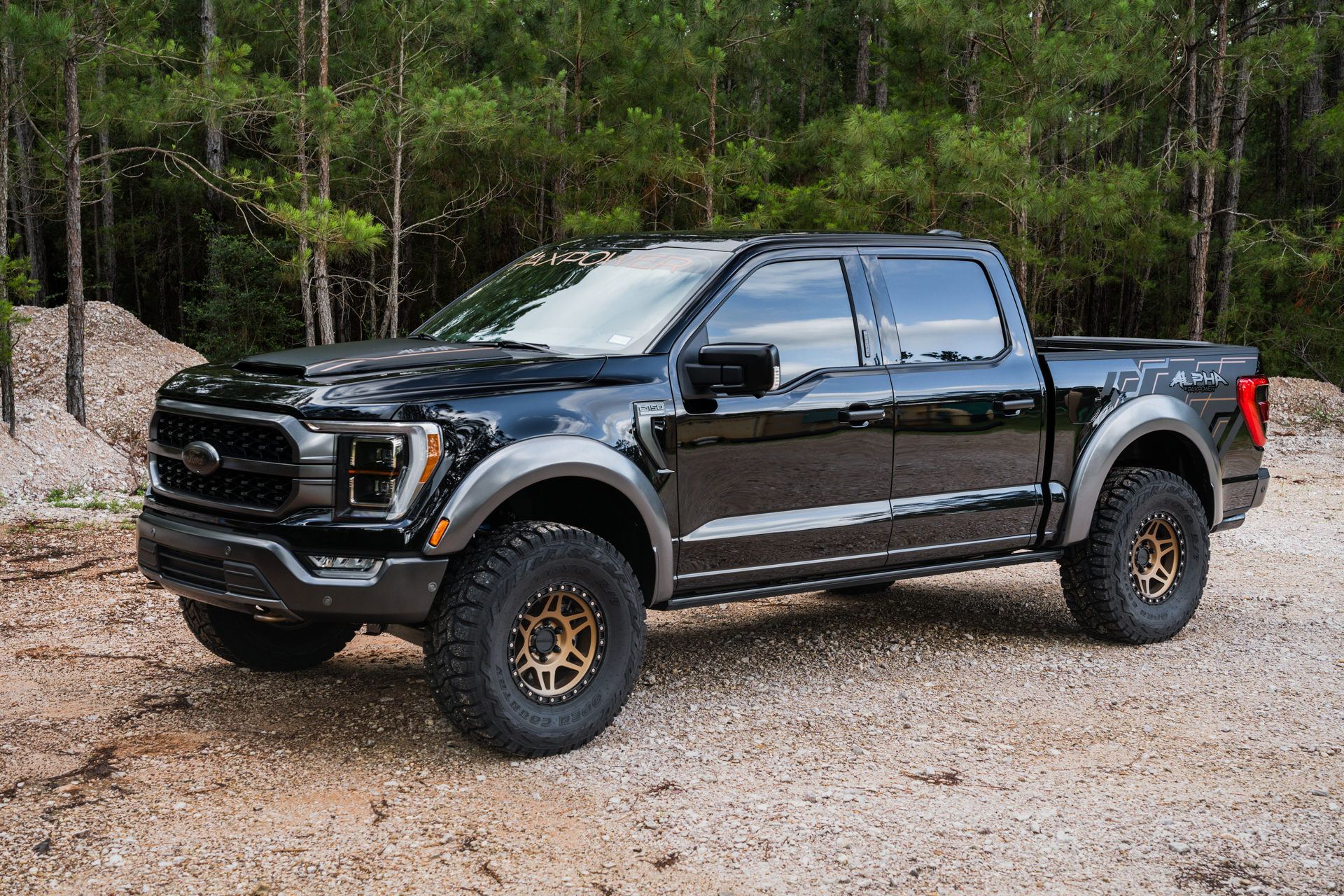 PaxPower has launched its tuning program for the Ford F-150 pickup, landing it with a robust off-road suspension kit and a three-liter Whipple supercharger.
