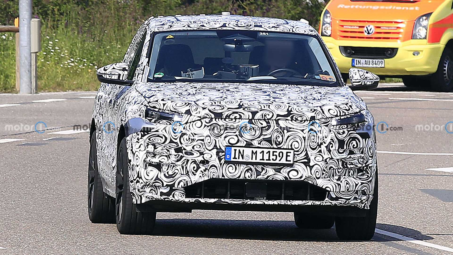 Audi will be launching the all-electric SUV dubbed the Q6 e-tron next year, which will slot in in between the Q4 e-tron and the large e-tron model, based on the PPE architecture of the latest Porsche Macan.