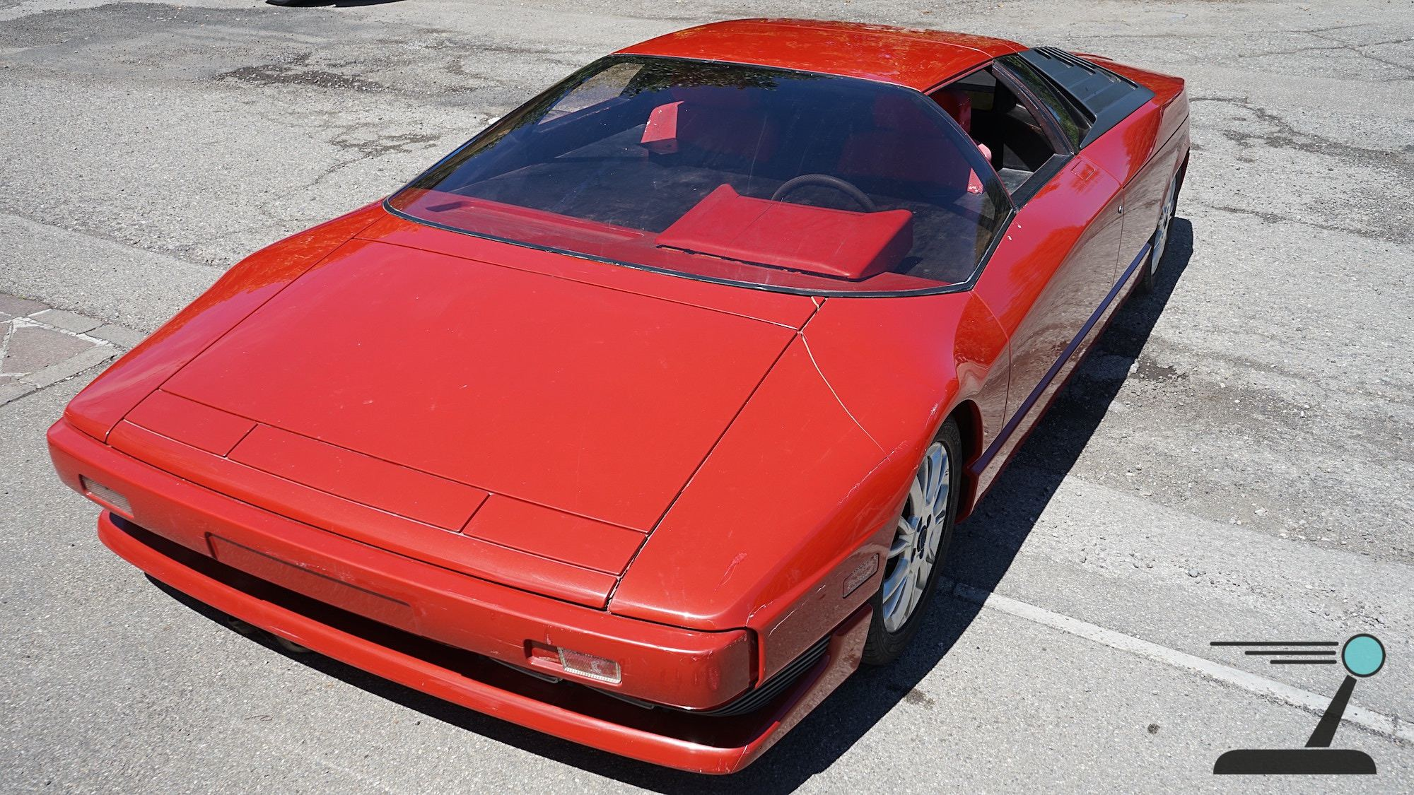 The drivetrain-less mock-up tells the story of two iconic supercars at once: the Lamborghini Diablo and the Cizeta V16T.