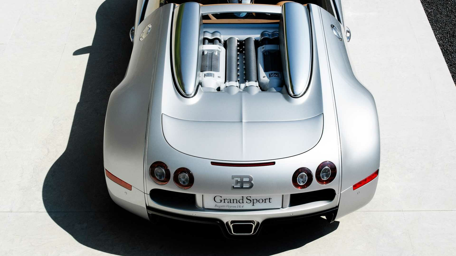 This Bugatti Veyron Grand Sport Concept was built 13 years ago and has now been restored by the company's La Maison Pur Sang division, which took four months.