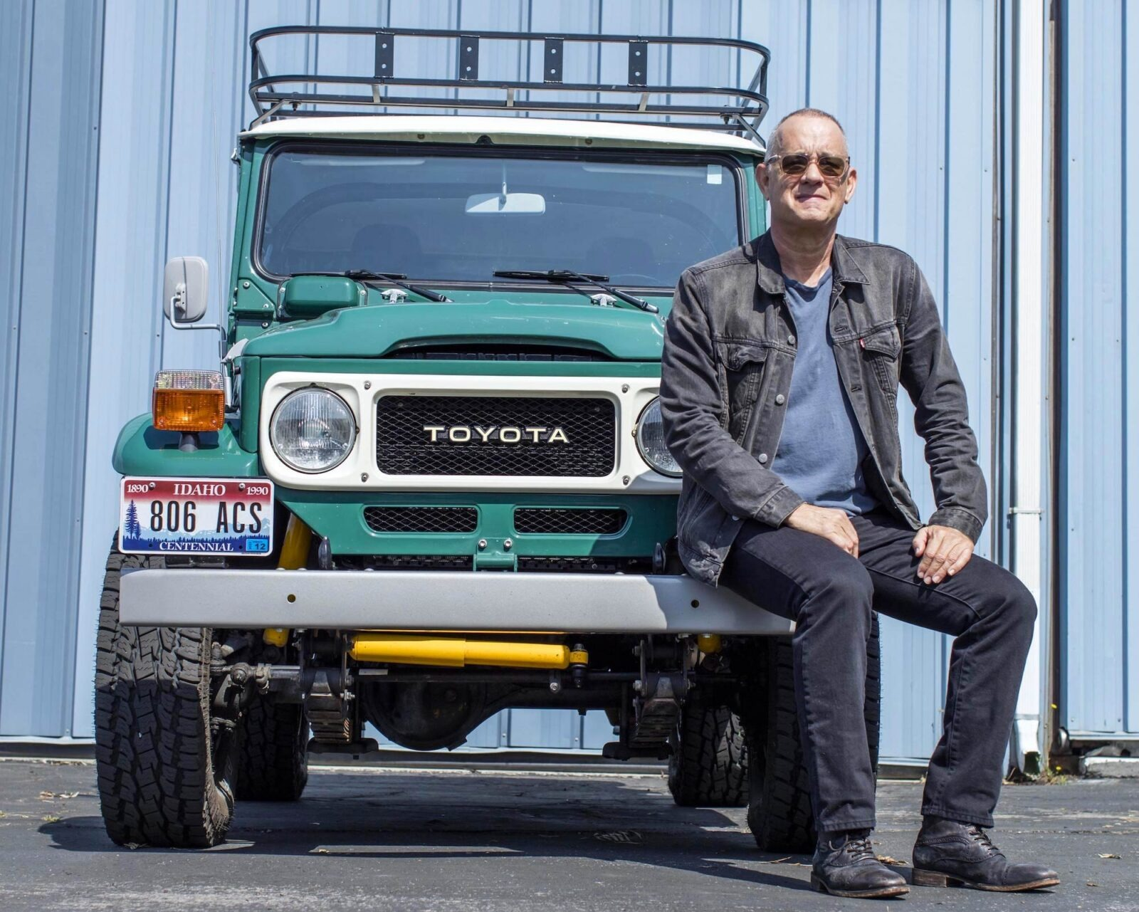 If you were looking for a celebrity car to invest in, check out what Tom Hanks has to offer on Bonhams Auctions. The latest lot is a tuned FJ40 Toyota Land Cruiser.
