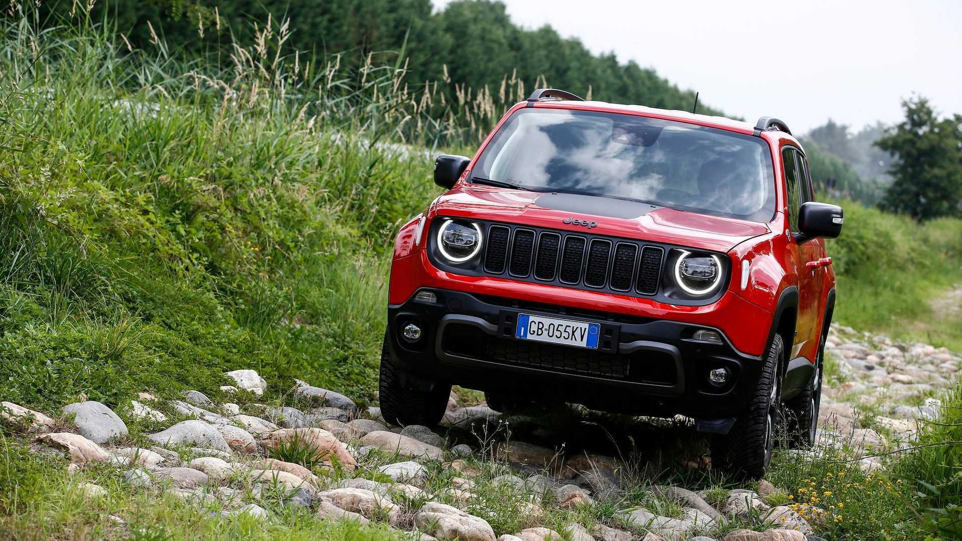 If the rumors are true, then the Jeep Renegade may soon lose its status of the marque's most compact car, as a new model could be coming to the market.