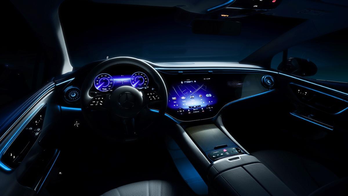 Концерн Daimler заявил, что приедет на Мюнхенский автосалон, который откроется 7 сентября, с восемью новинками под брендами Smart, Mercedes-Maybach, Mercedes-AMG, Mercedes-EQ и Mercedes-Benz. Пять моделей окажется чисто электрическими, а одна будет производительным гибридом.