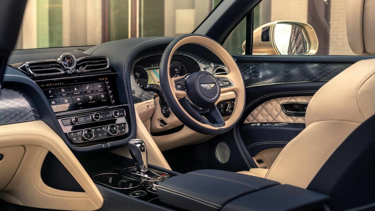 The British luxury carmaker has scored yet another record, but not on the track this time around. The financial report for January–June 2021 suggests that Bentley has completely recovered from the Covid-19 crisis.