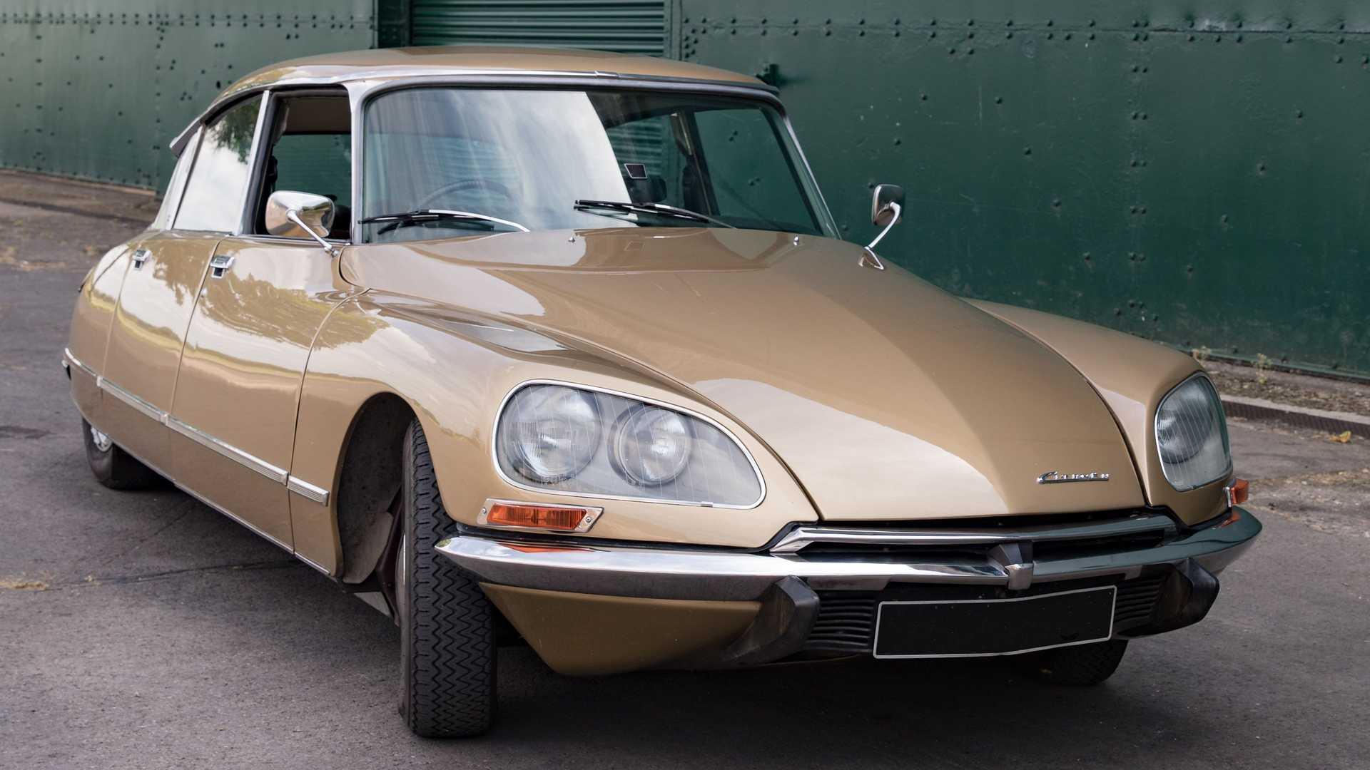 Даже 66 с лишним лет после выхода в свет «четырехдверка» Citroen DS остаётся одним из самых уникальных и запоминаемых серийных автомобилей в истории. Неудивительно, что Electrogenic решила подарить ей вторую жизнь.