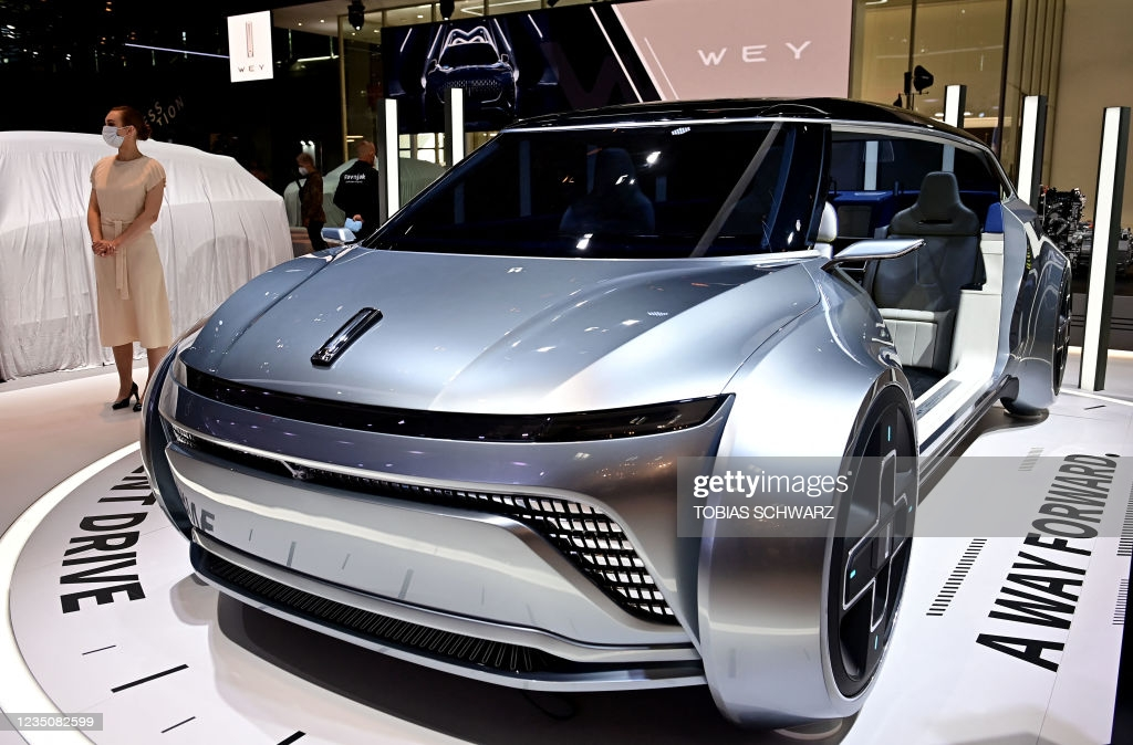 Great Wall-owned car marque Wey has introduced the iNest Concept, an extra-comfortable minivan sporting an unusual exterior design and interior layout. No specifics were given, but the company had repeatedly stated its interest in the MPV segment of the market earlier.