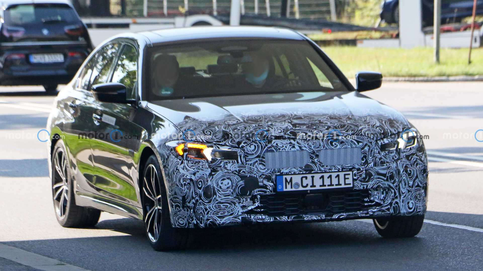 BMW is getting a refreshed 3 Series sedan ready to rumble, and the latest spy shots suggest that it could be close to launch.