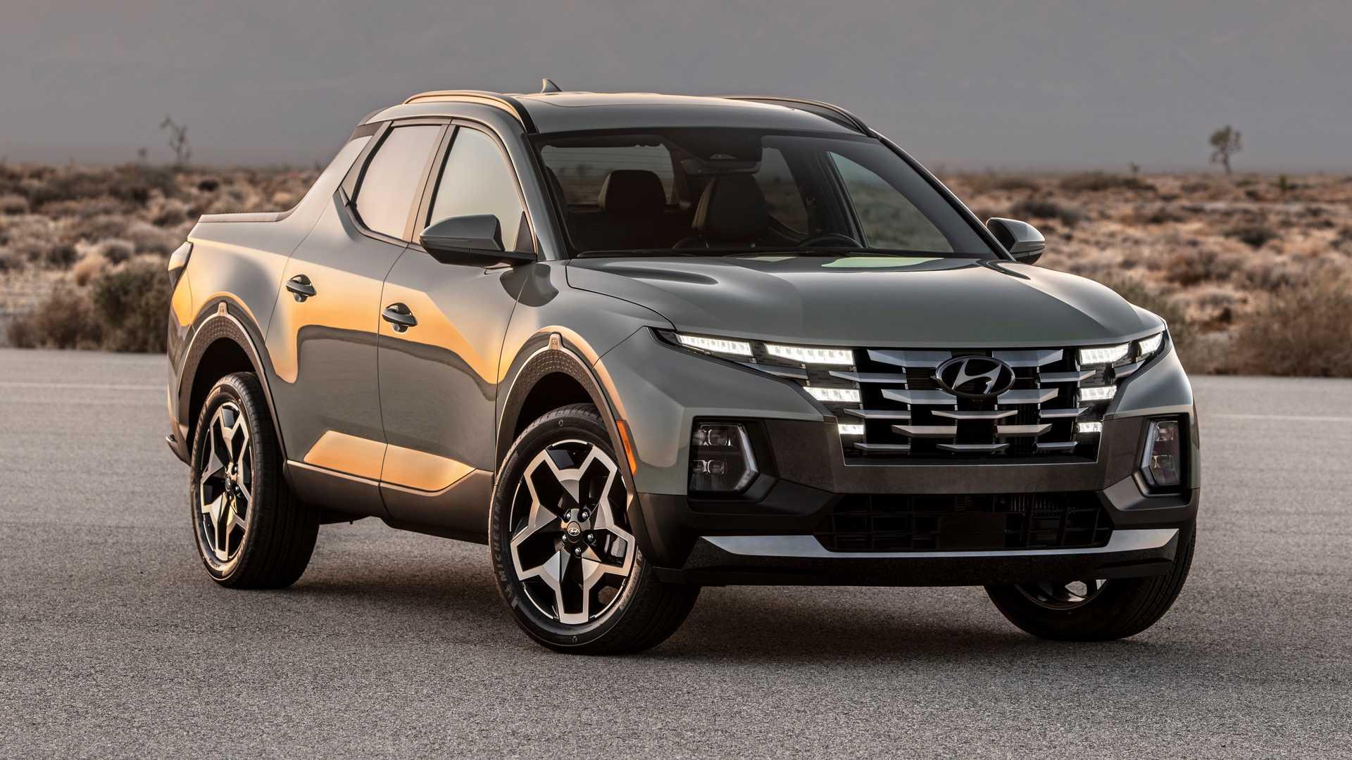 На горизонте 2022 год, а продажи новых автомобилей по-прежнему оставляют желать лучшего. Спрос есть, и он высокий, однако дефицит микрочипов не дает производителям, что называется, пуститься во все тяжкие. Впрочем, даже в такой ситуации есть лидеры продаж. В июле быстрее всех до покупателей доходил Chevy Corvette, а в августе его перещеголял Hyundai Santa Cruz.