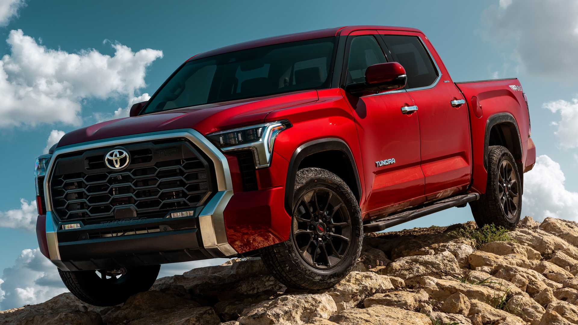 The second generation of the Toyota Tundra had been in production since November 2006, and the next one has only just debuted on official terms.