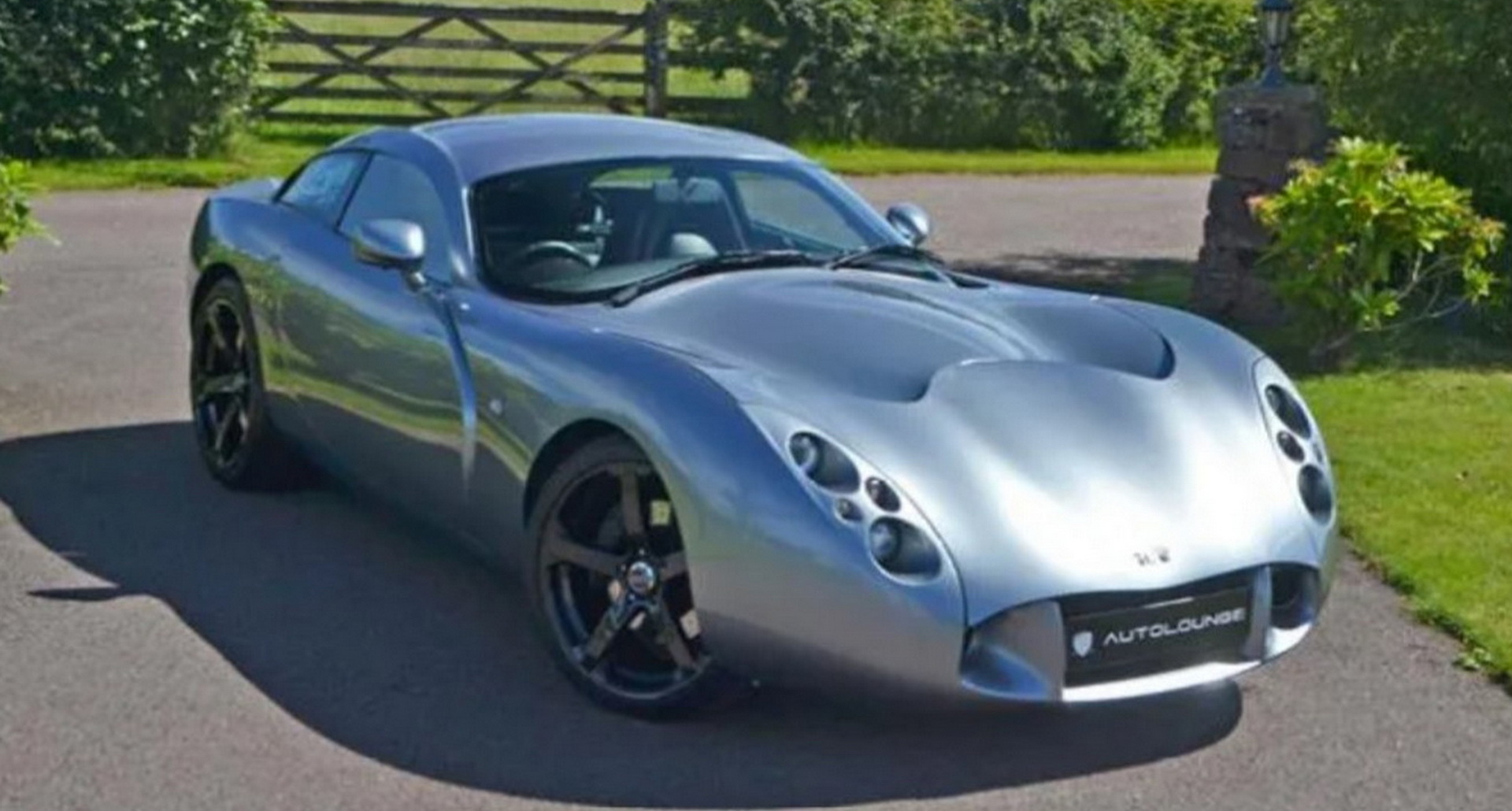 A one-off 2003 TVR T440R Coupe designed and built exclusively to homologate an endurance race car is available for purchase in the UK to anyone prepared to part with £192,990.