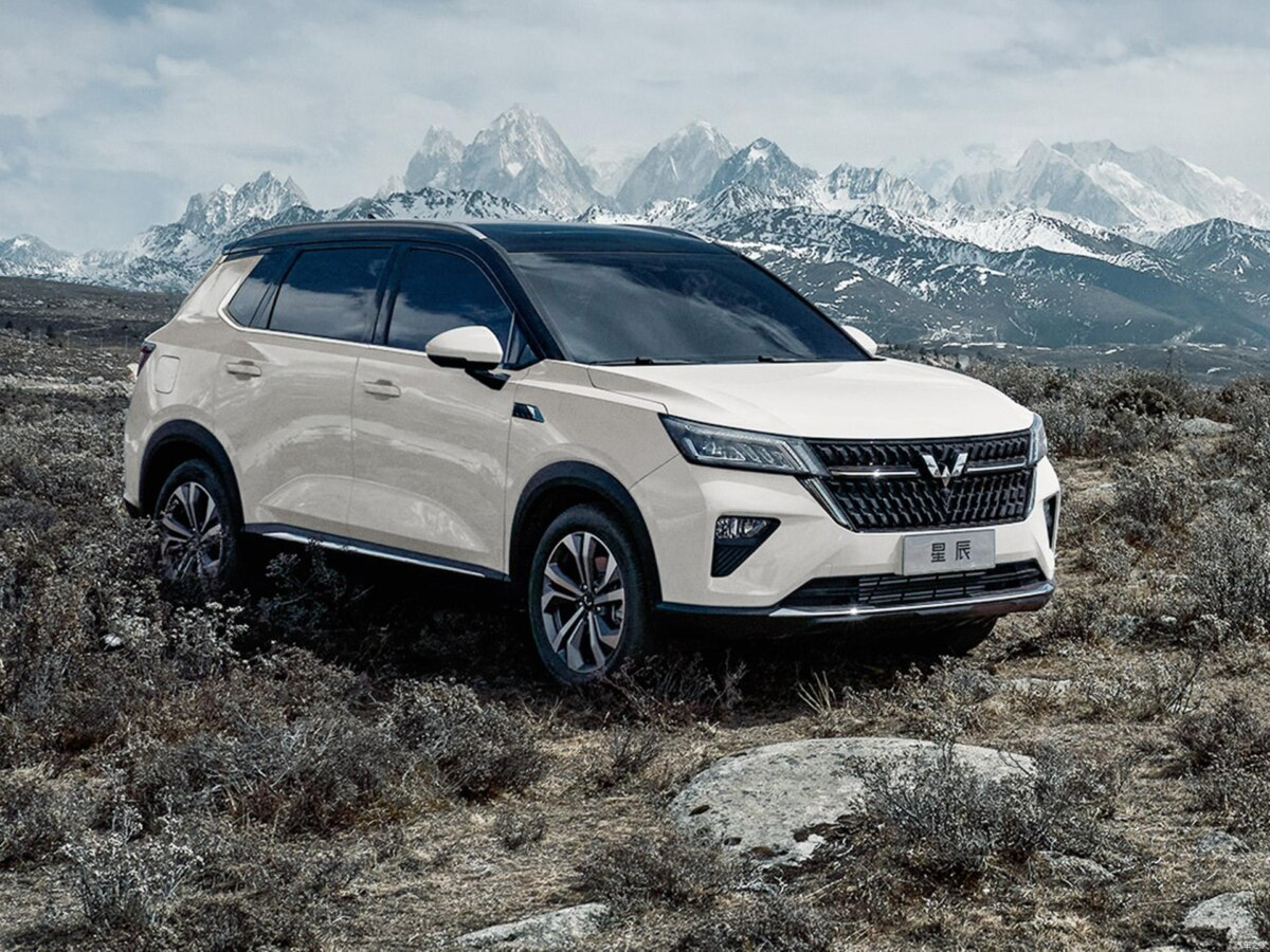 Wuling has launched its new crossover SUV in China. Named the Asta (previously 'Xingchen'), the model combines premium features with attractive pricing.