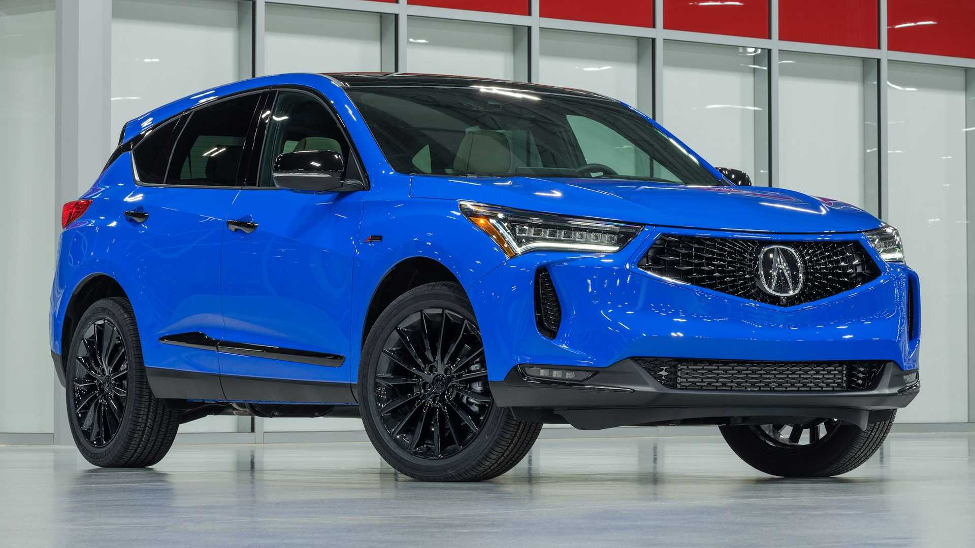 Three years after the launch of the third-gen RDX SUV, Acura has facelifted it along with introducing some technical improvements heading into 2022.