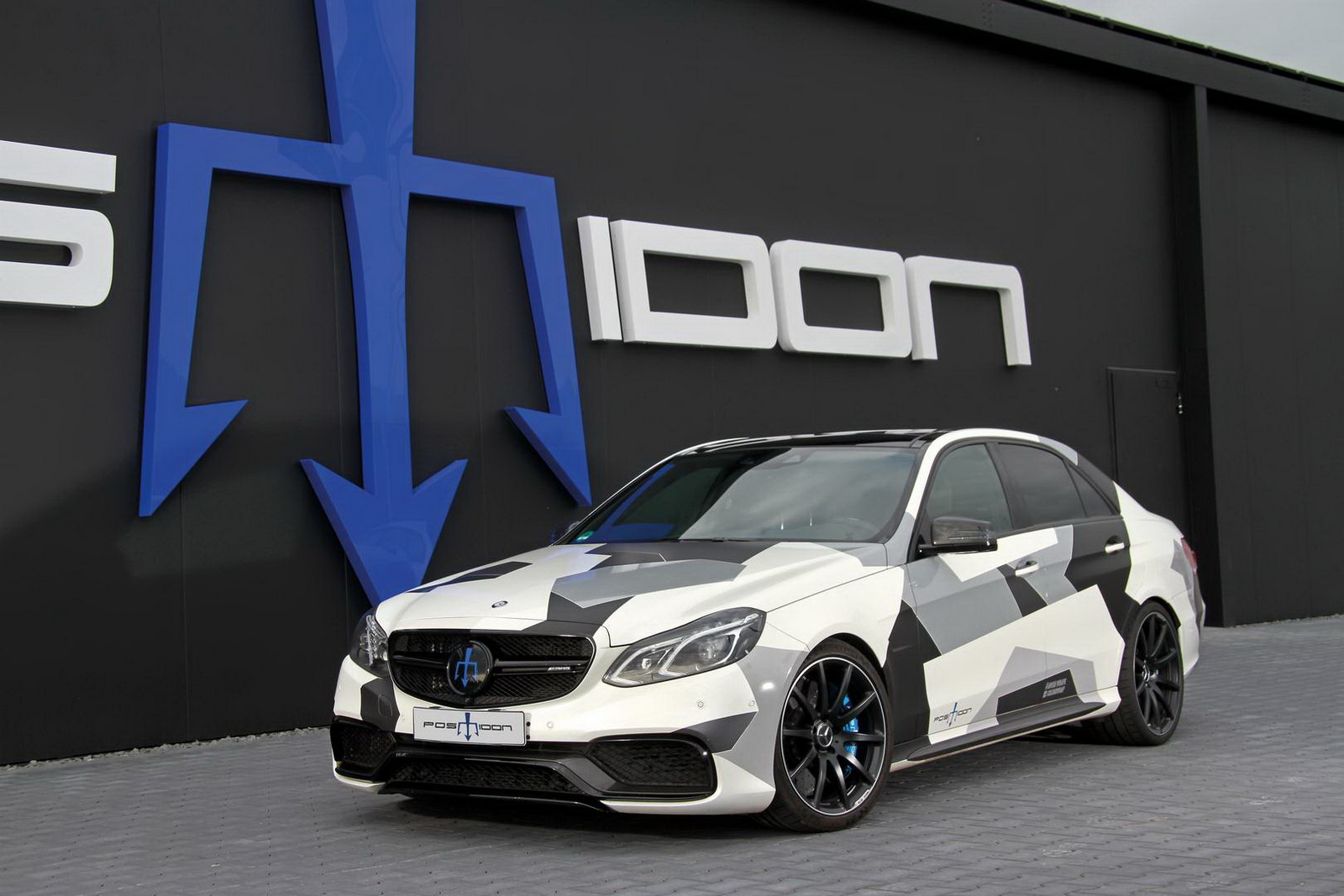 According to an official source, the car, which now has the same body as the Mercedes E212, had to undergo some profound redesign in order to benefit from the modifications under the hood