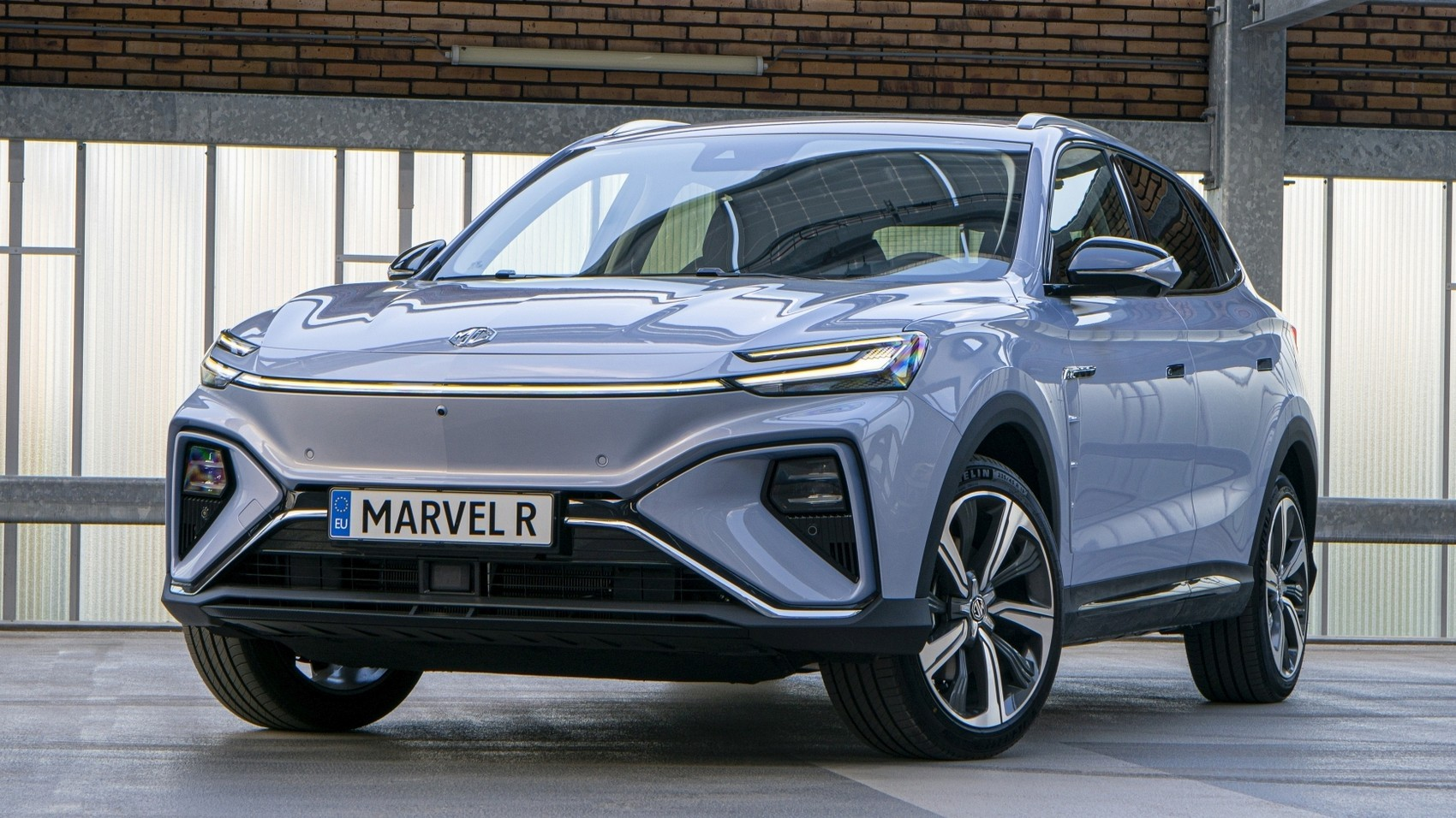 MG, a once-British car brand now owned by SAIC Group, has unveiled the battery-powered Marvel R SUV for Europe. There will be multiple modifications of it, and the top spec will sprint 0-100 km/h in under five seconds.