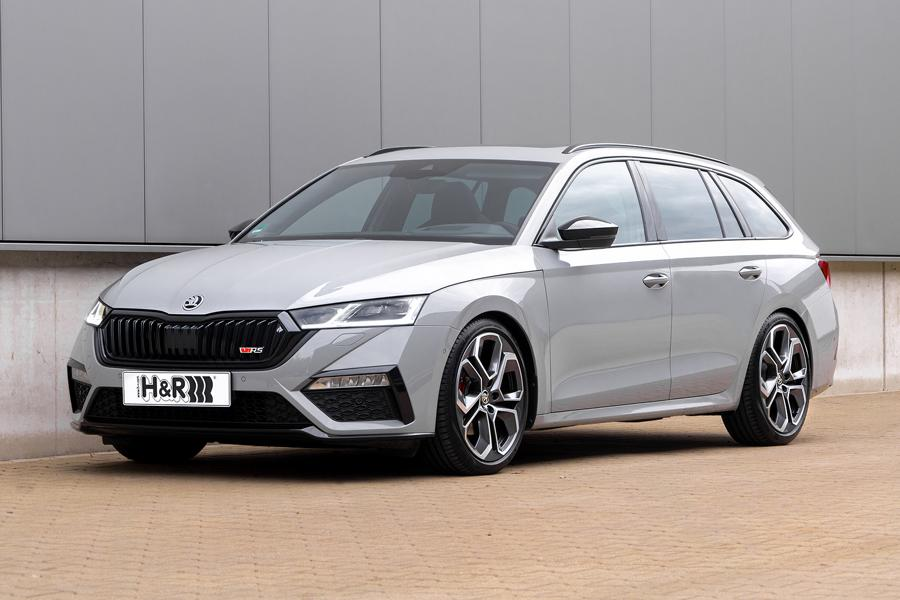 Those who like driving their 2WD Octavia RS in a pedal-to-the-metal fashion received a nice upgrade opportunity from H&R a few month ago, when the company released lowering suspension springs for that model. Designing the same thing for its 4WD counterpart took time, but it is now finally available to order.